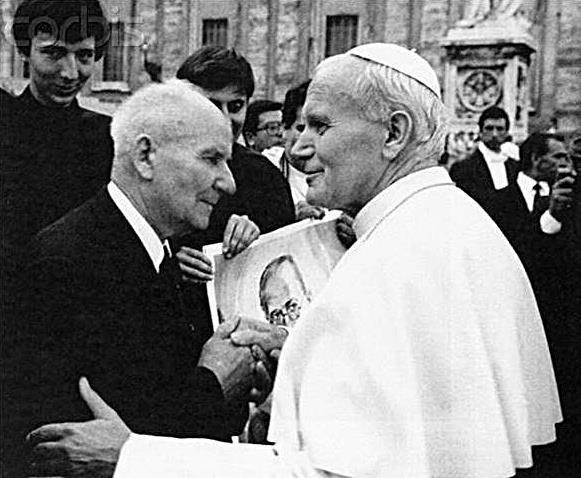 Pope JPII and Franciszek Gajowniczek canonization of St. Maximilian Kolbe