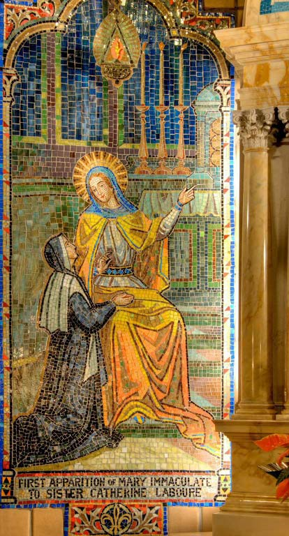 Mosaic picturing the First Apparition of the Miraculous Medal